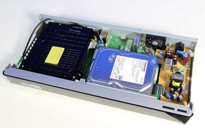Panasonic DMR-BST845 Innenleben Gesamt