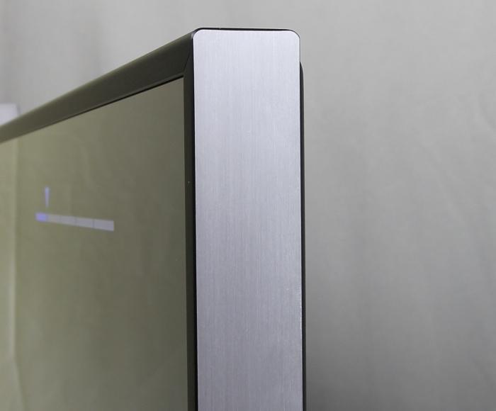 Sony KD55X8505 Verarbeitung1