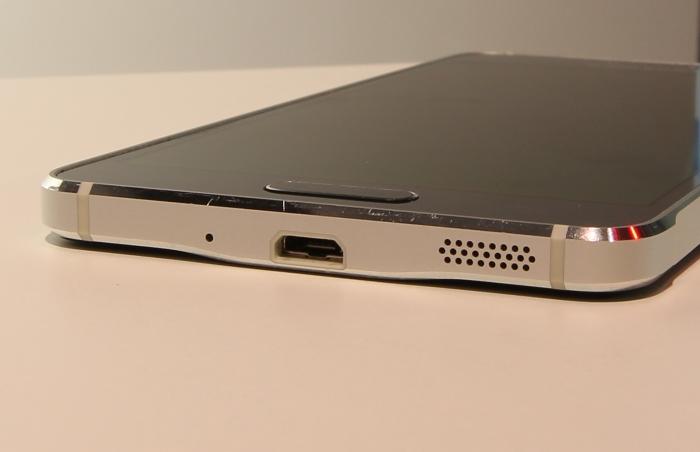 Samsung Galaxy Alpha Anschluesse Unterseite