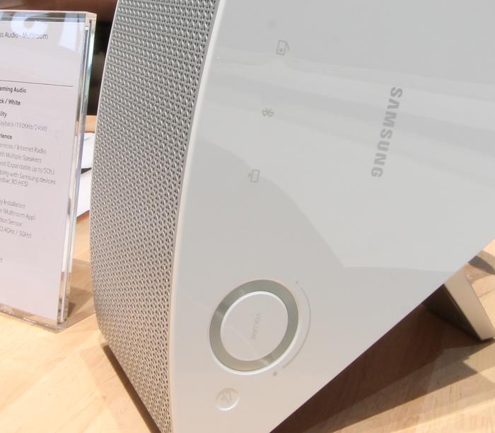 Samsung M3 Bedienelemente Seitlich