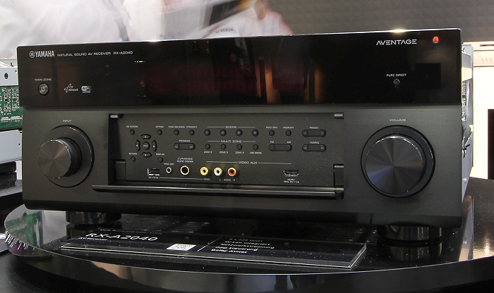 Yamaha RX-A2040 Front Seitlich