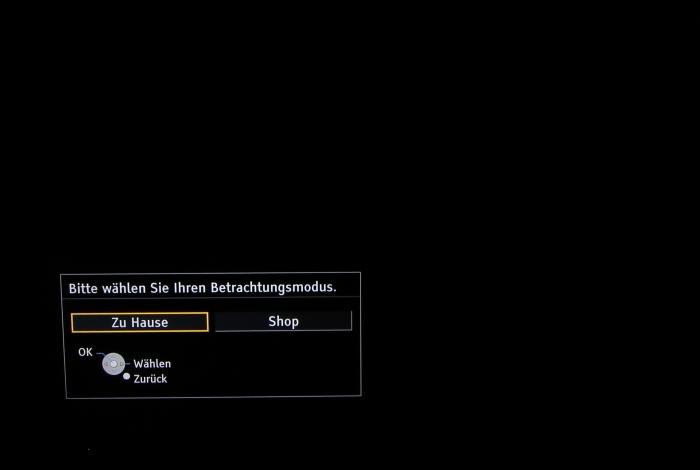 Panasonic TX-P65AXW804 Screenshot 2