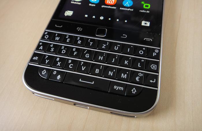 Blackberry Classic 03