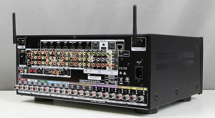 Denon AVR-7200W Rueckseite Seitlich2