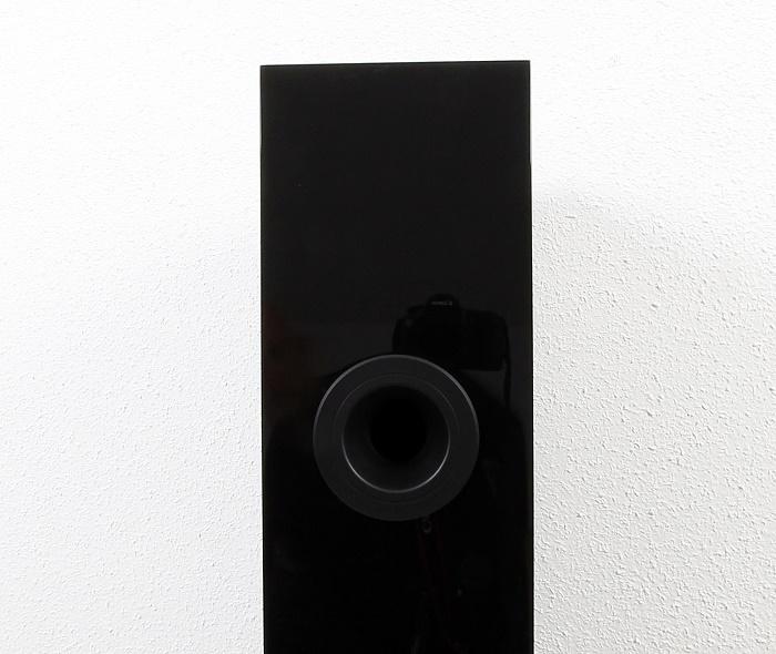 KEF R500 Bassreflexrohr