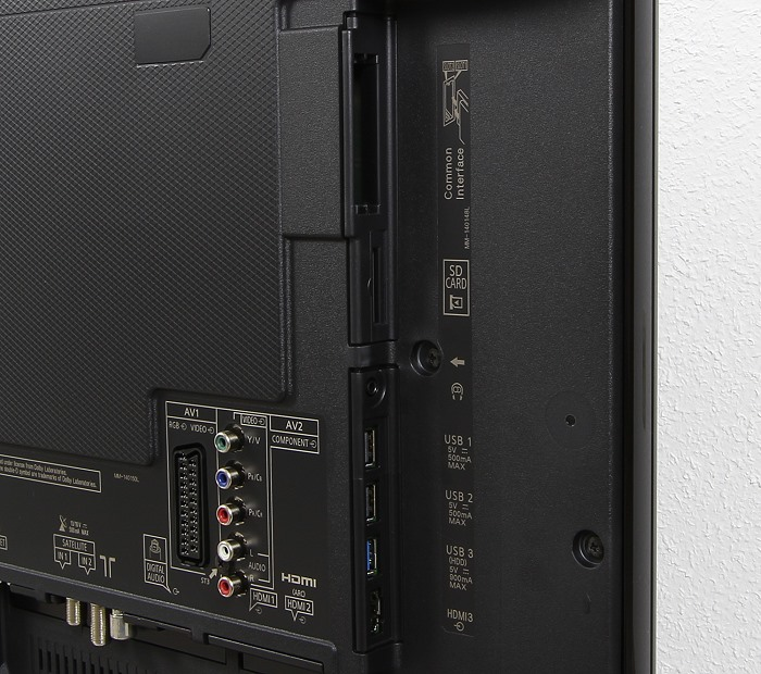 Panasonic TX-49CXW754 Anschluesse Rueckseite2