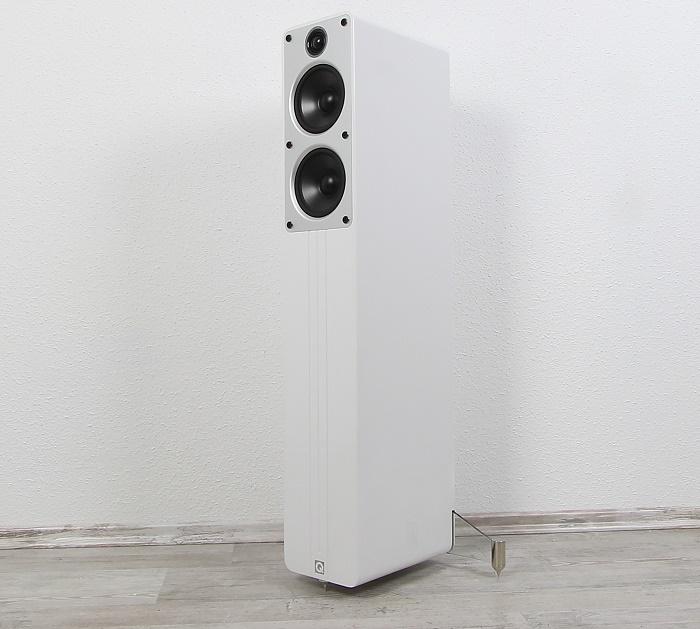 Q Acoustics Concept 40 Front Seitlich2
