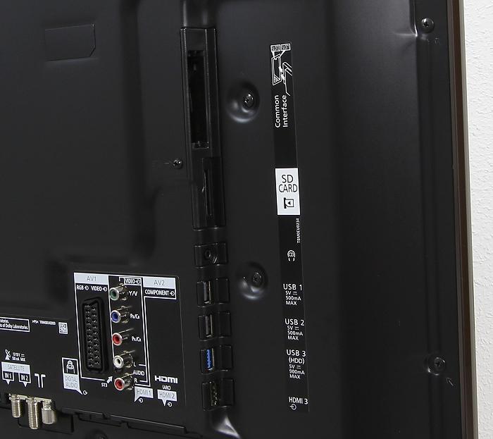 Panasonic TX-55CRW854 Anschluesse Rueckseite1