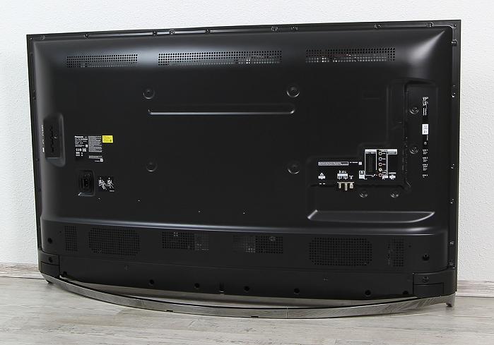 Panasonic TX-55CRW854 Rueckseite Seitlich2