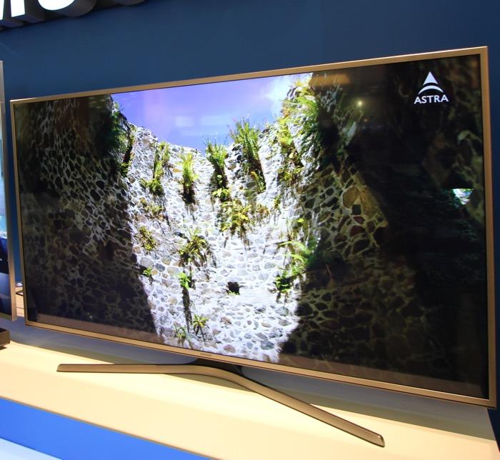Samsung_Flat_UHD_TV2