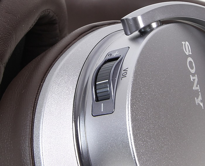 Sony MDR-1ADAC 10