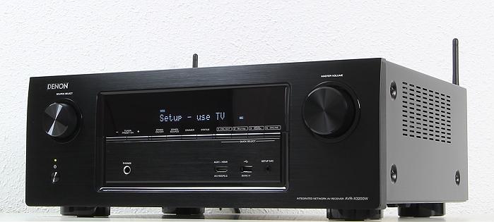 Denon AVR-X3200W Front Seitlich1