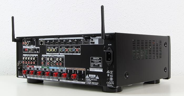 Denon AVR-X3200W Rueckseite Seitlich1
