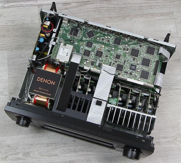 Denon AVR-X6200W Innenleben Gesamt
