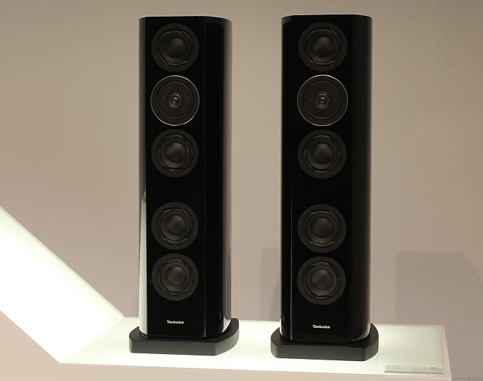 IFA_2013_technics_r1_speakers