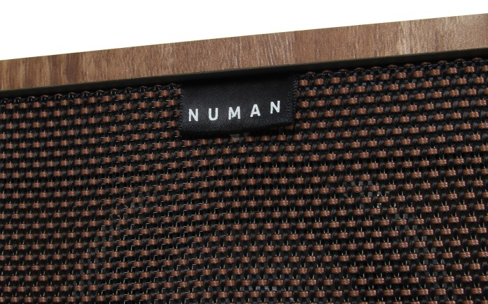 Numan Retrospective 1977 Detail Frontgitter