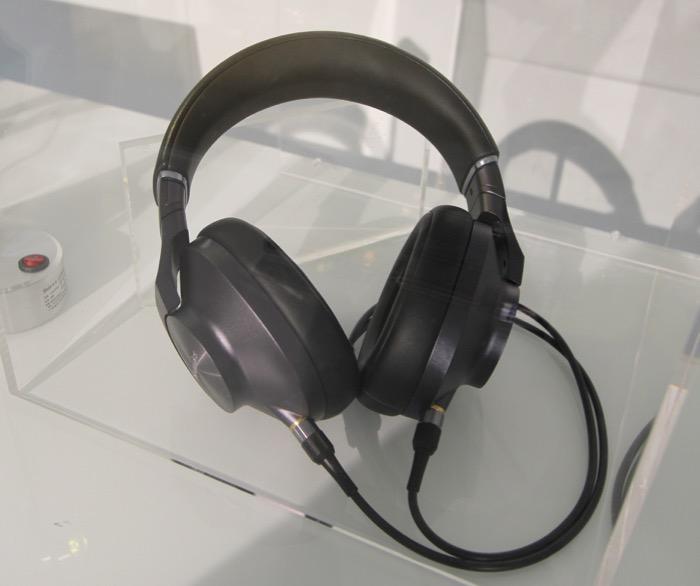 Technics EAH-T700 ganz