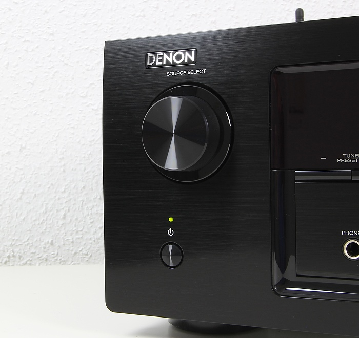 Denon AVR-X2200W Bedienelemente Front3