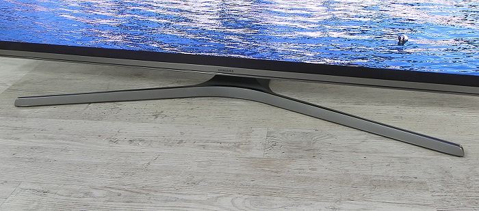Samsung UE50JU6850 Standfuss Front