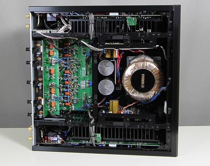 Yamaha-MX-A5000-Innenleben-Gesamt3