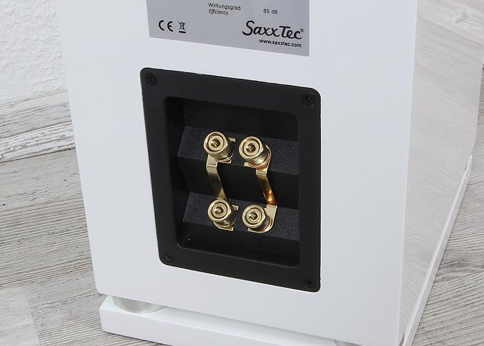 Saxx coolSound  CX70 Anschluesse Rueckseite