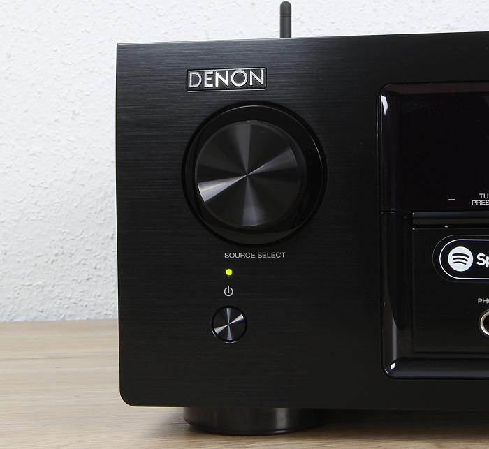 Denon AVR-X1300W Bedienelemente Front2