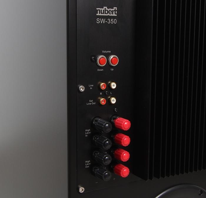 Nubert nuLine Set 2016 nuLine AW-1100 Anschluesse Rueckseie