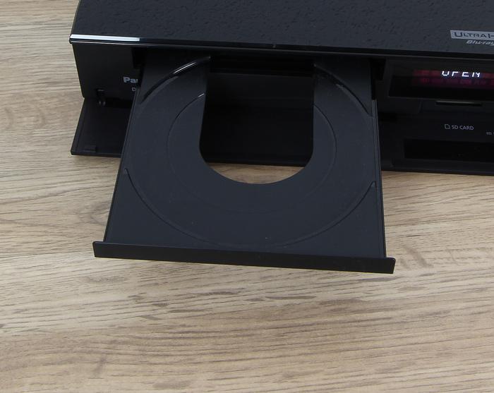 Panasonic-DMP-UB704EGK-Disc-Schublade