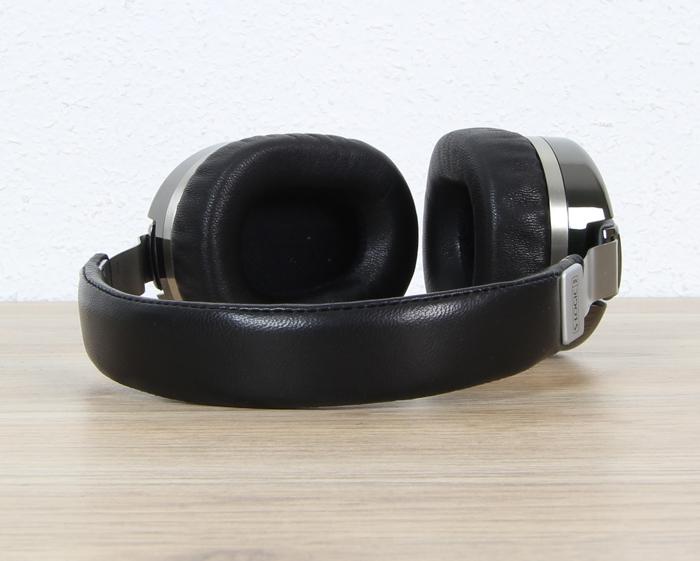 Ultrasone-Edition-M+-Black-Pearl-7