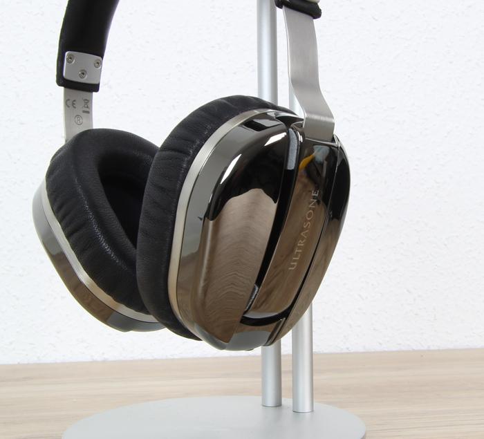 Ultrasone-Edition-M+-Black-Pearl-9
