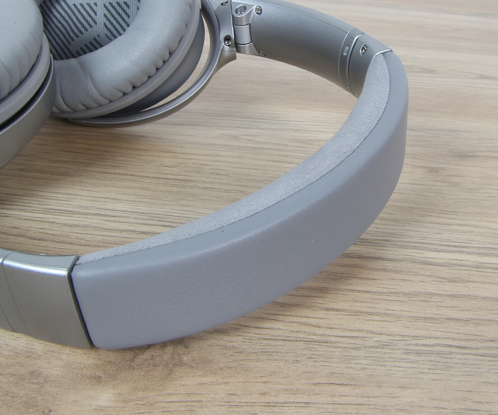 Bose-QuietComfort-QC35-11
