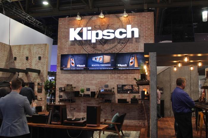 Klipsch_stand