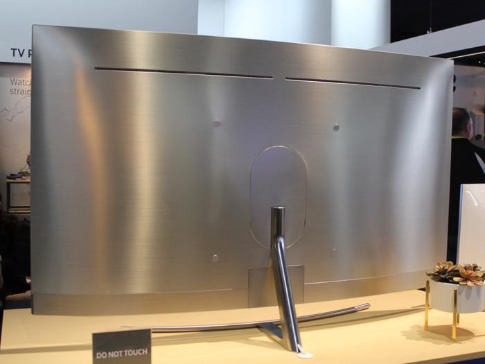 Samsung_QLED_Q_serie_rueckseite2