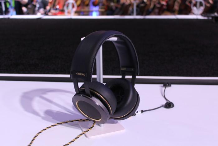 onkyo_headphone1