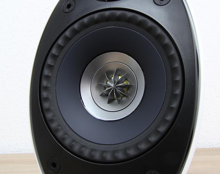 KEF-Egg-Speaker1