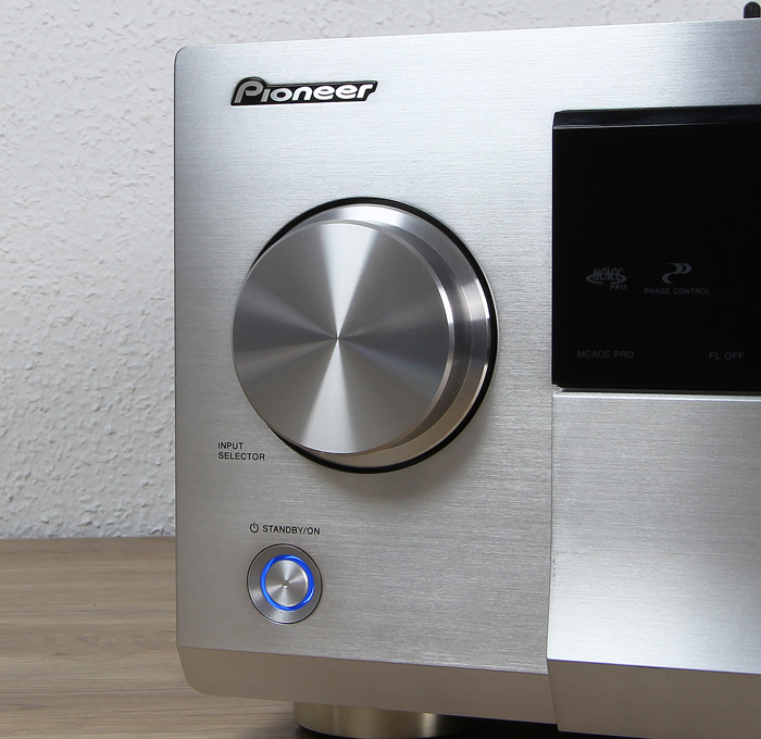 Pioneer-SC-LX901-Bedienelemente-Front2
