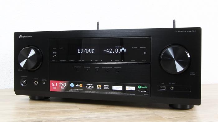 Pioneer-VSX-832-Front-Seitlich3