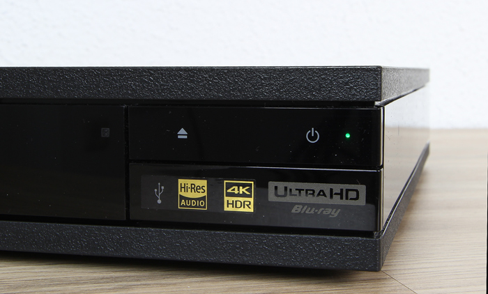 Sony-UBP-X800-Bedienelemente-Front