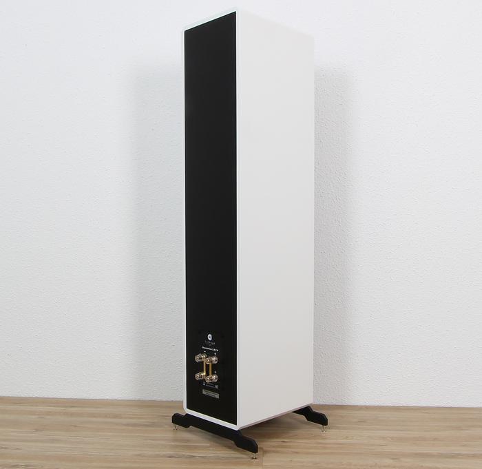 Fishhead-Audio-Resolution-2.6-FS-Rueckseite-Seitlich