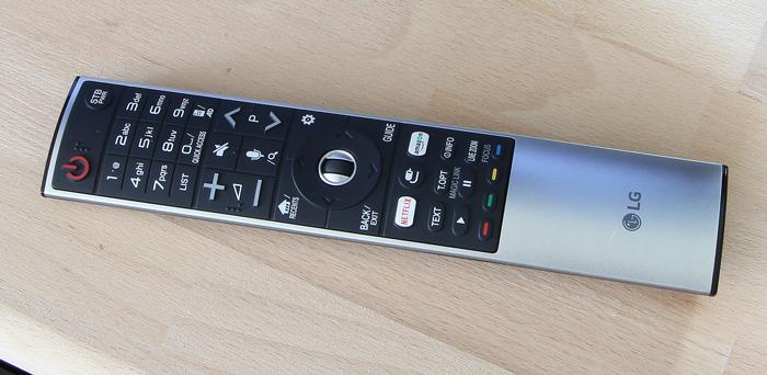 LG-OLED-TV-E7V-Fernbedienung2