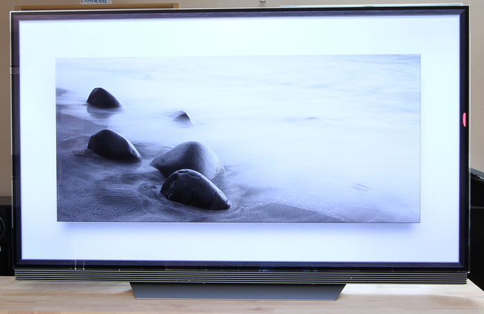 LG-OLED-TV-E7V-Front-Seitlich3