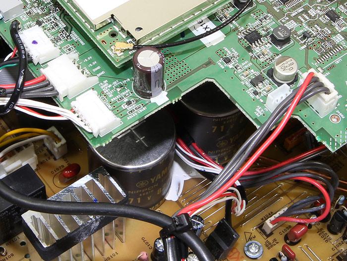 Yamaha-RX-A870-Innenleben4