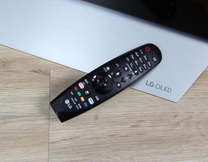 LG-OLED55C7D-Magic-Remote