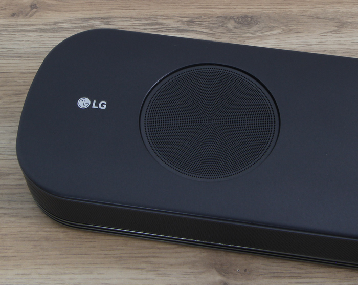LG-SJ9-Soundbar-Atmos-Speaker2