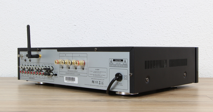Advance-Acoustic-X-i50BT-Rueckseite-Seitlich