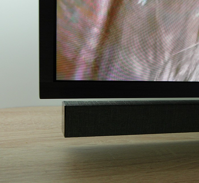 philips_tv_8602_soundbar_unten