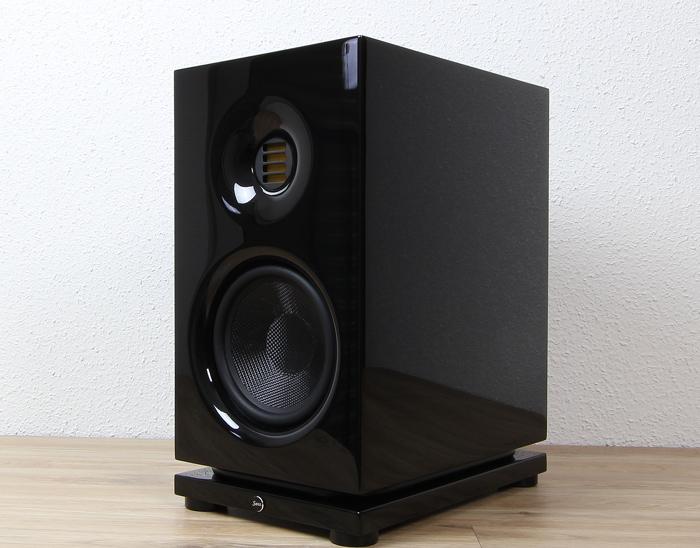 Saxx-clubSOUND-CLX-3-Front-Seitlich2
