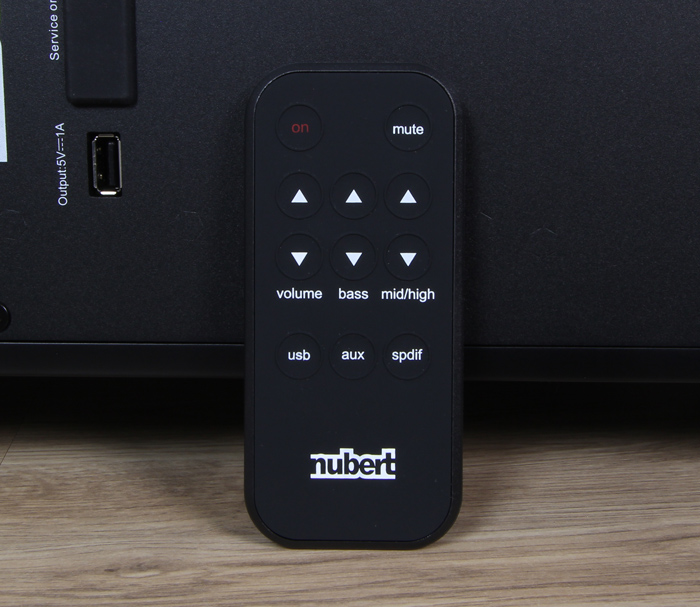 Nubert-nuPro-AS-450-Fernbedienung