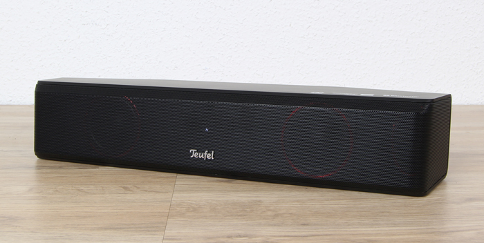 Teufel-Cinebar-One-Plus-Soundbar-Front-Seitlich