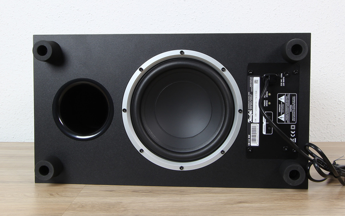 Teufel-Cinebar-One-Plus-Subwoofer-Unterseite